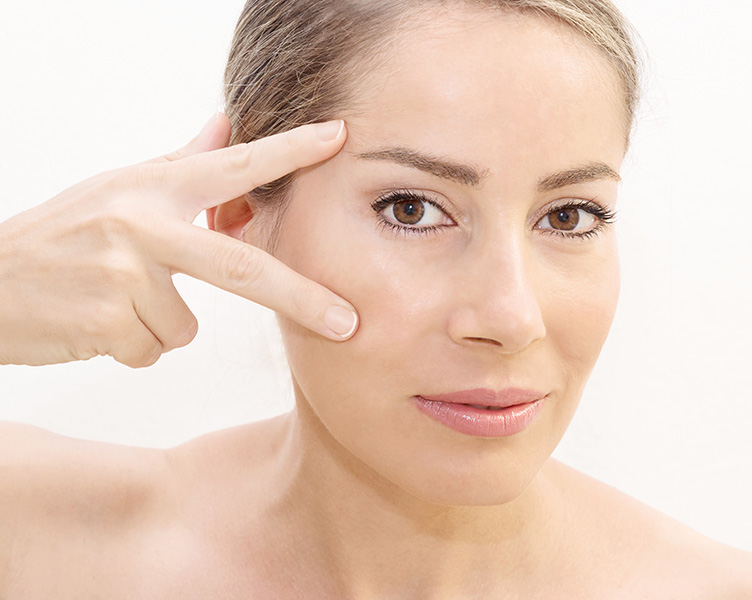 Wrinkle free eye with Botox